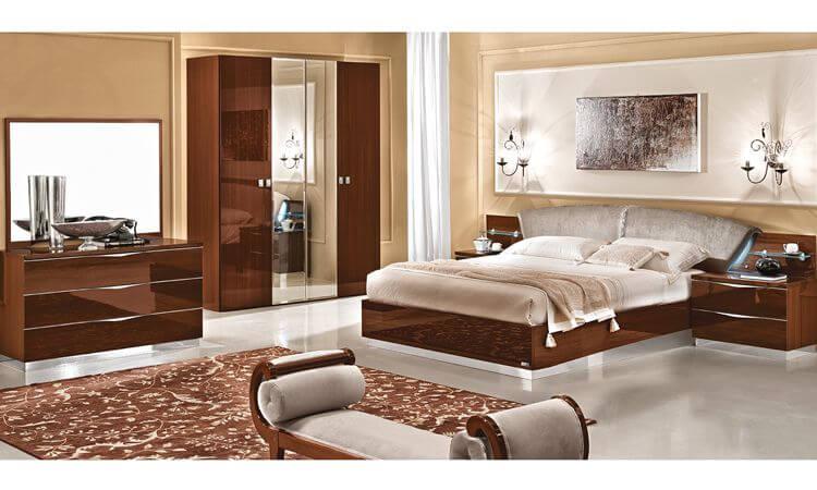 Schlafzimmer Onda Nussbaumfarbe Hochglanz