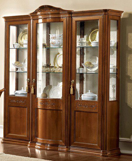 Exklusive vitrine glastorriani day nussbaum furnier for Klassische mobel ebay